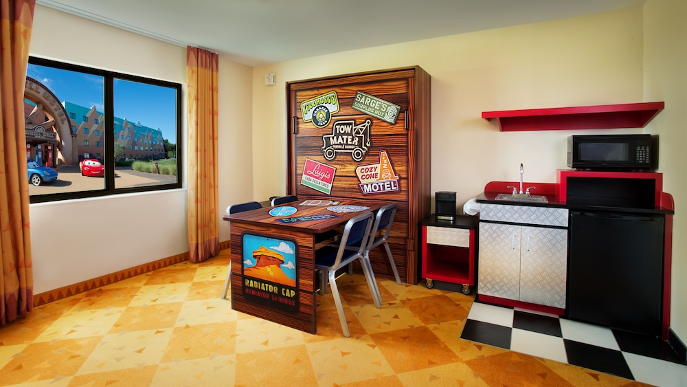 Private Kitchenette, Disney's Art of Animation Resort
