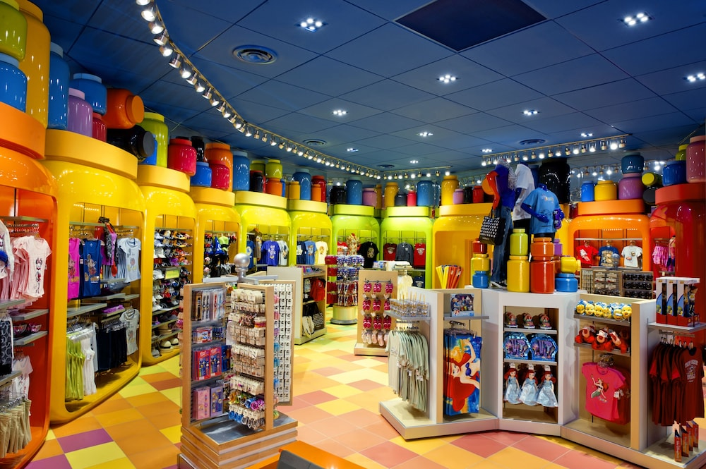 Interior, Disney's Art of Animation Resort