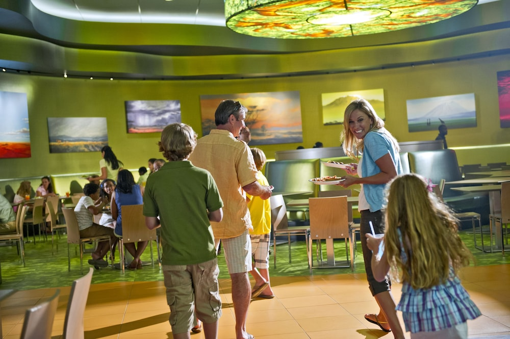 Family Dining, Disney's Art of Animation Resort