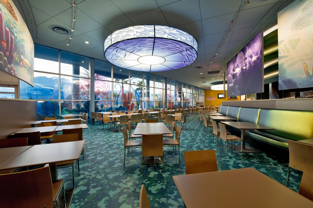 Dining, Disney's Art of Animation Resort