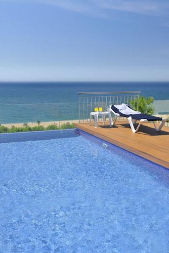 Calella accommodation 1070 hotels in calella wotif for Cash piscine mont de marsan
