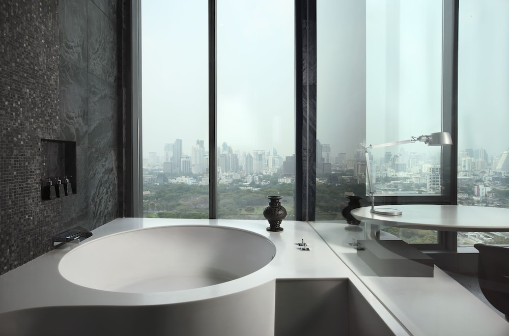 Deep Soaking Bathtub, SO/ BANGKOK