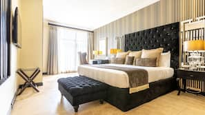 Egyptian cotton sheets, premium bedding, free minibar, in-room safe