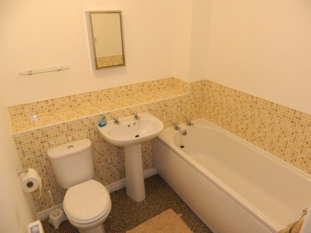 Apartments middlesbrough in durham hotel rates reviews for H bathrooms stockton