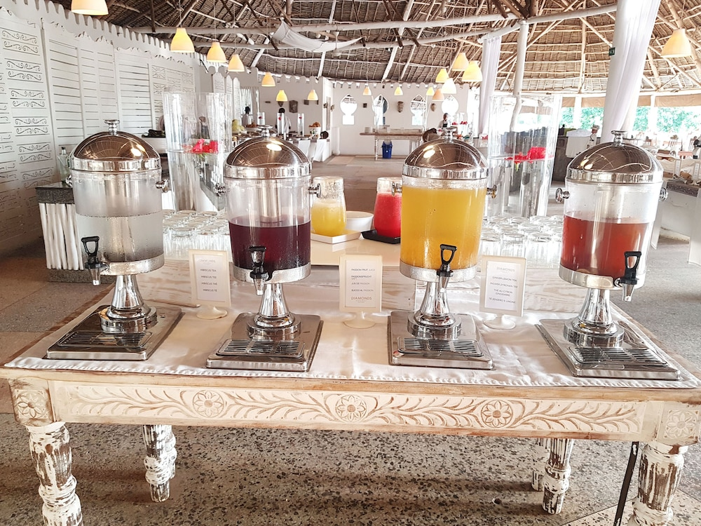 Breakfast buffet, Diamonds Mapenzi Beach - All Inclusive