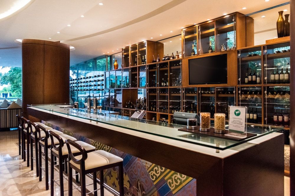 Bar, Holiday Inn Cartagena Morros