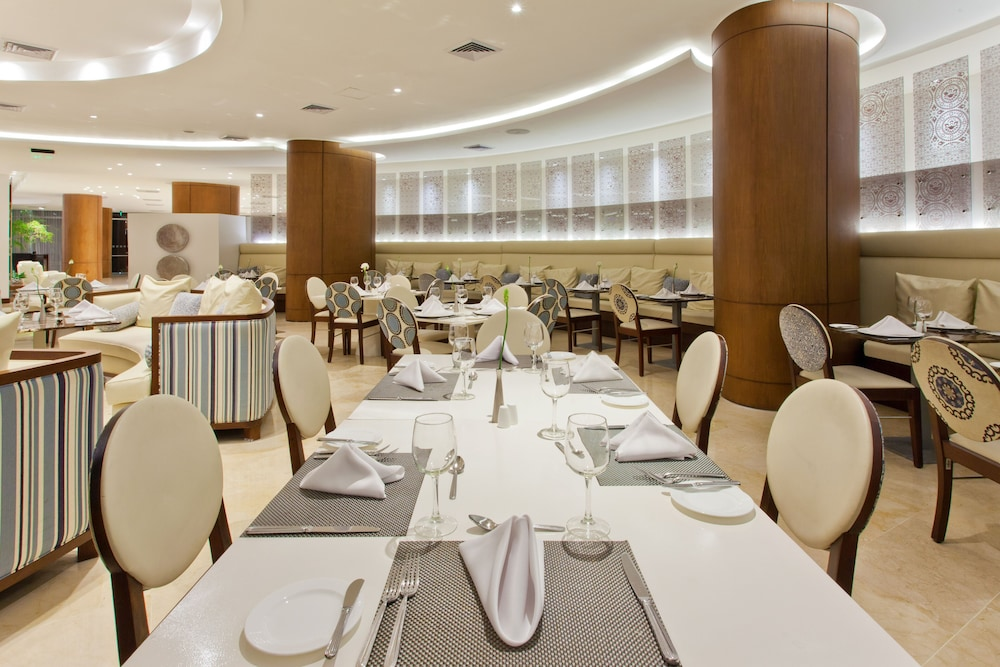 Restaurant, Holiday Inn Cartagena Morros