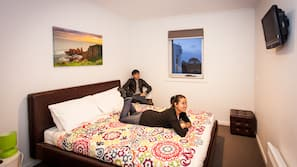Egyptian cotton sheets, WiFi, bed sheets, wheelchair access