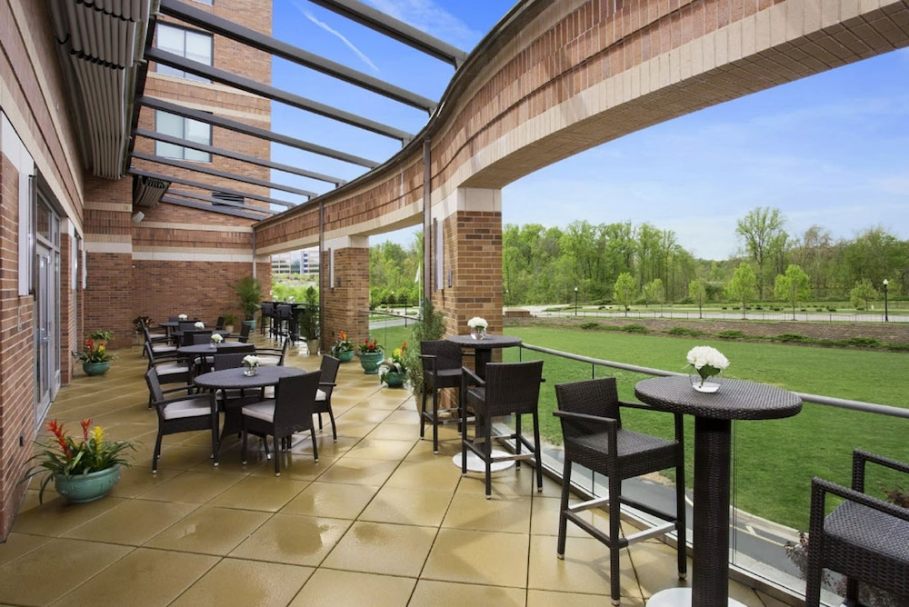 Terrace/Patio, The Hotel at Arundel Preserve
