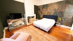 Premium bedding, Tempur-Pedic beds, desk, blackout curtains