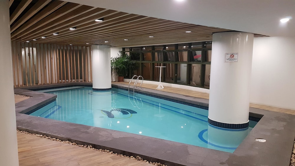 Indoor Pool, Sarrosa International Hotel and Residential Suites