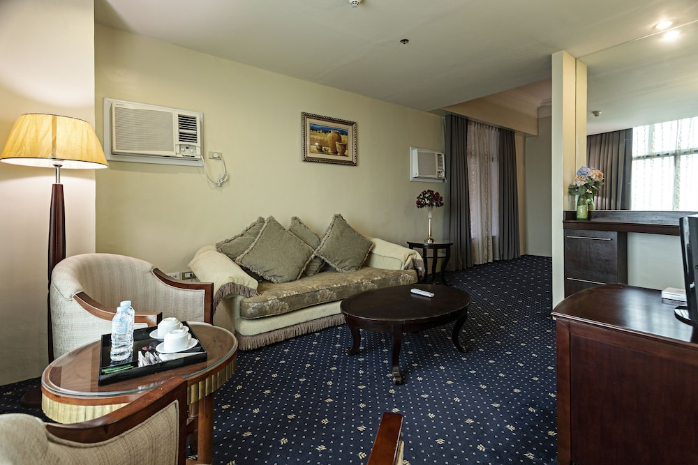 Living Room, Sarrosa International Hotel and Residential Suites
