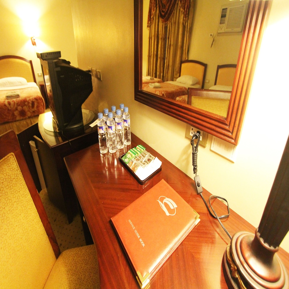 Bathroom, Sarrosa International Hotel and Residential Suites