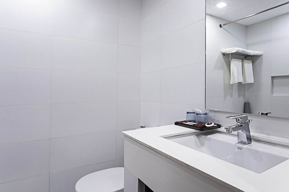 Bathroom Sink, Sarrosa International Hotel and Residential Suites