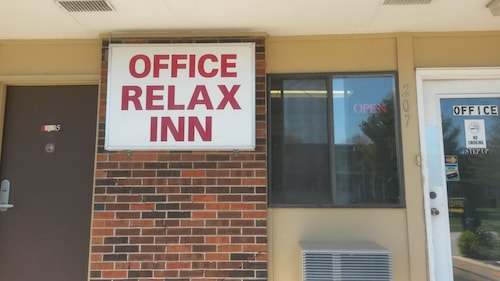 Great Place to stay Relax Inn near Warrenton