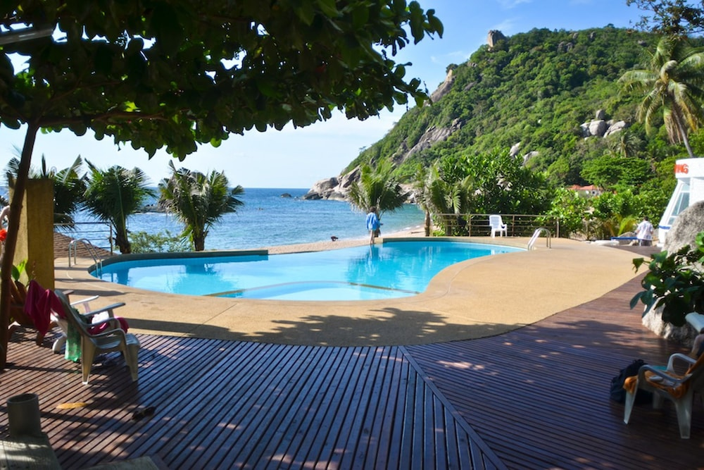 Book montalay beach resort koh tao koh tao hotel deals for Hotels koh tao
