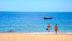 Plage, serviettes de plage, plongée sous-marine, snorkeling