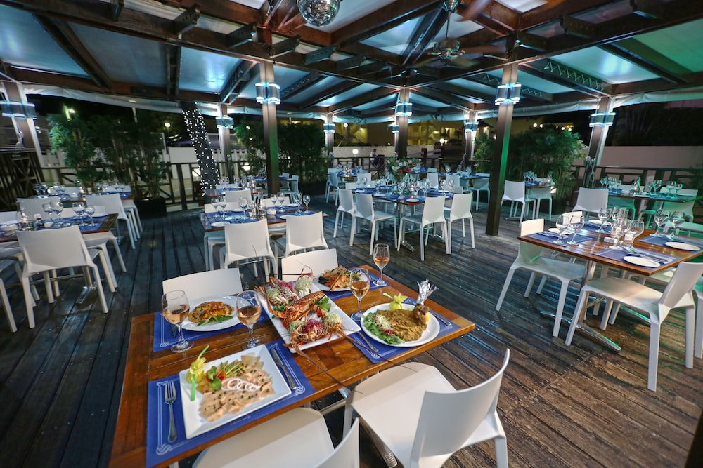 Restaurant, The Villas at Simpson Bay Beach Resort and Marina