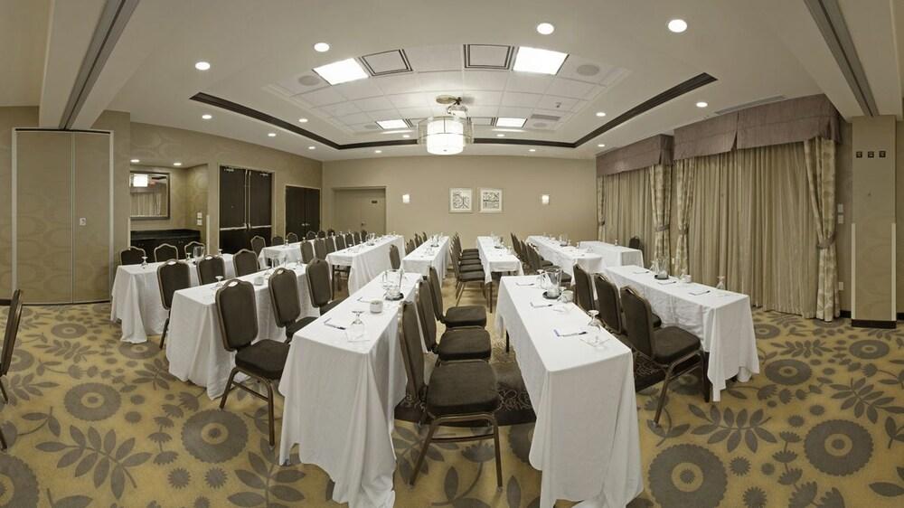 Hilton garden inn toronto brampton 2018 pictures reviews prices deals Hilton garden inn toronto brampton