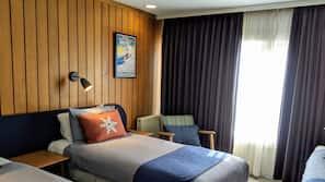 Blackout curtains, iron/ironing board, free WiFi