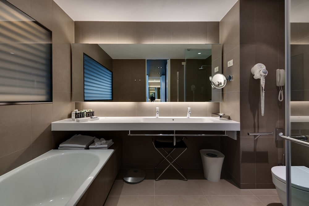 Bathroom, Hotel Lone Rovinj