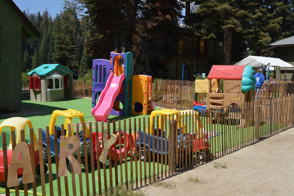 Children's Area, Montecito Sequoia Lodge
