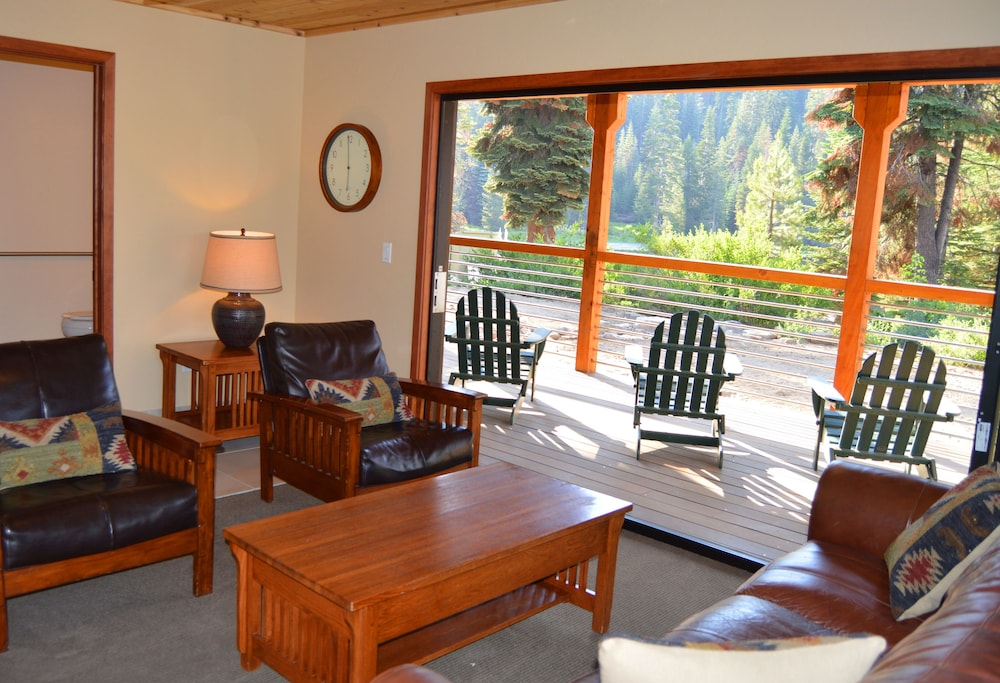 Featured Image, Montecito Sequoia Lodge