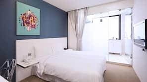 1 間臥室、房內夾萬、書桌、免費嬰兒床