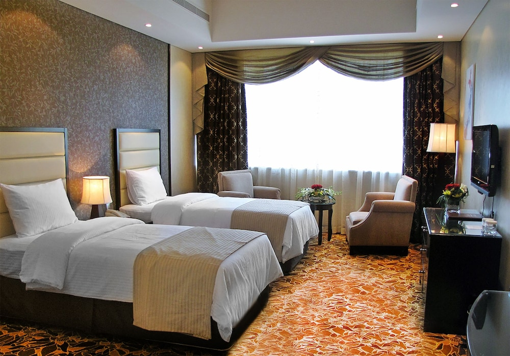 Paragon Hotel Abu Dhabi Reviews