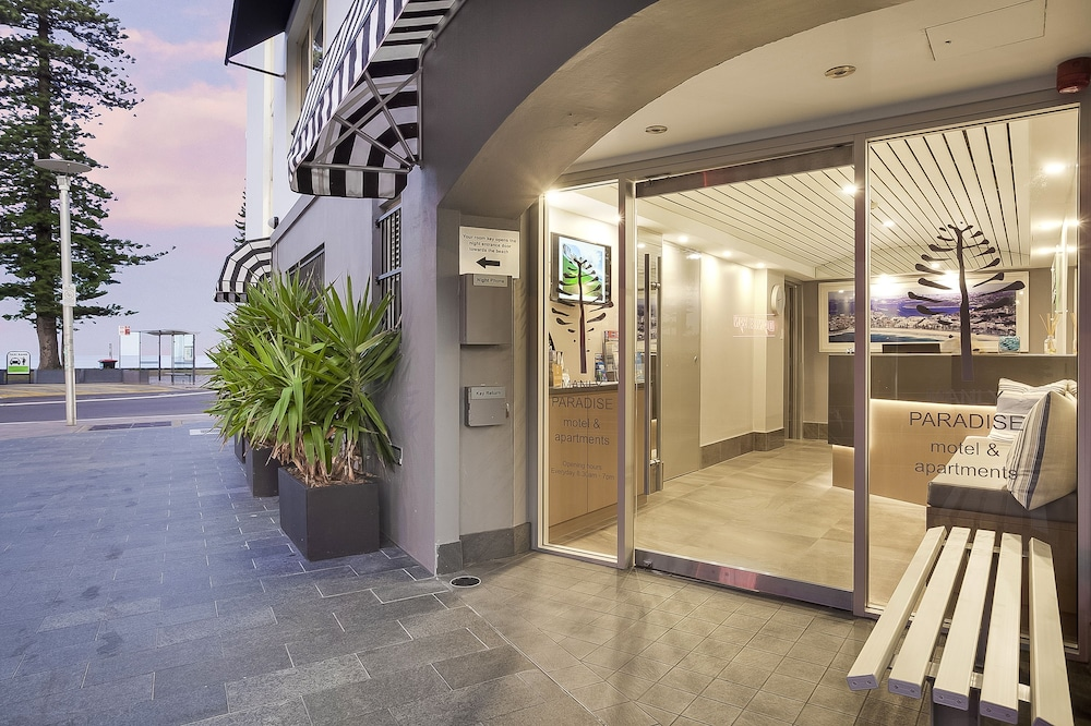Property Entrance, Manly Paradise Motel & Apartments