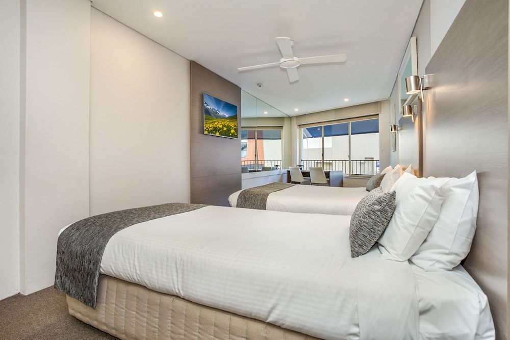 Room, Manly Paradise Motel & Apartments