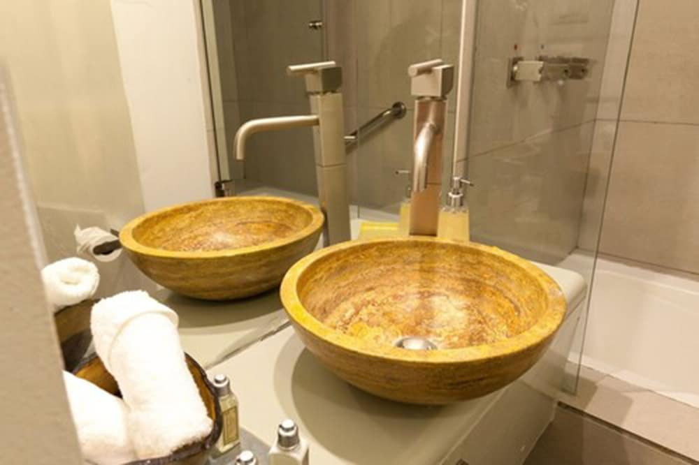 Bathroom Sink, Hotel Villa Condesa