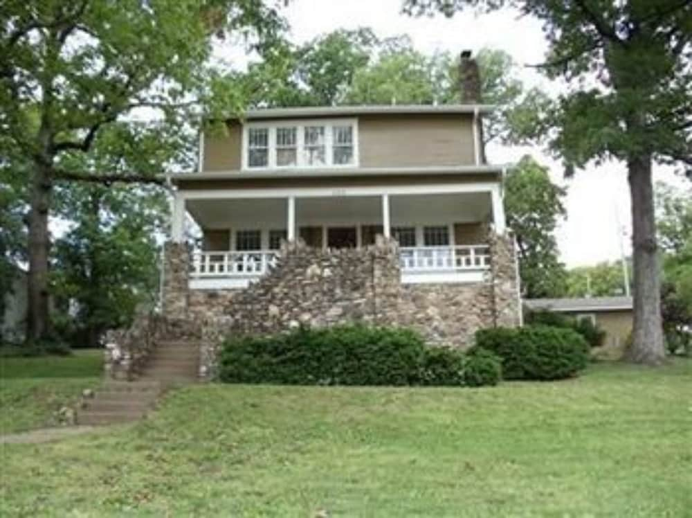 Front of Property, The Branson House