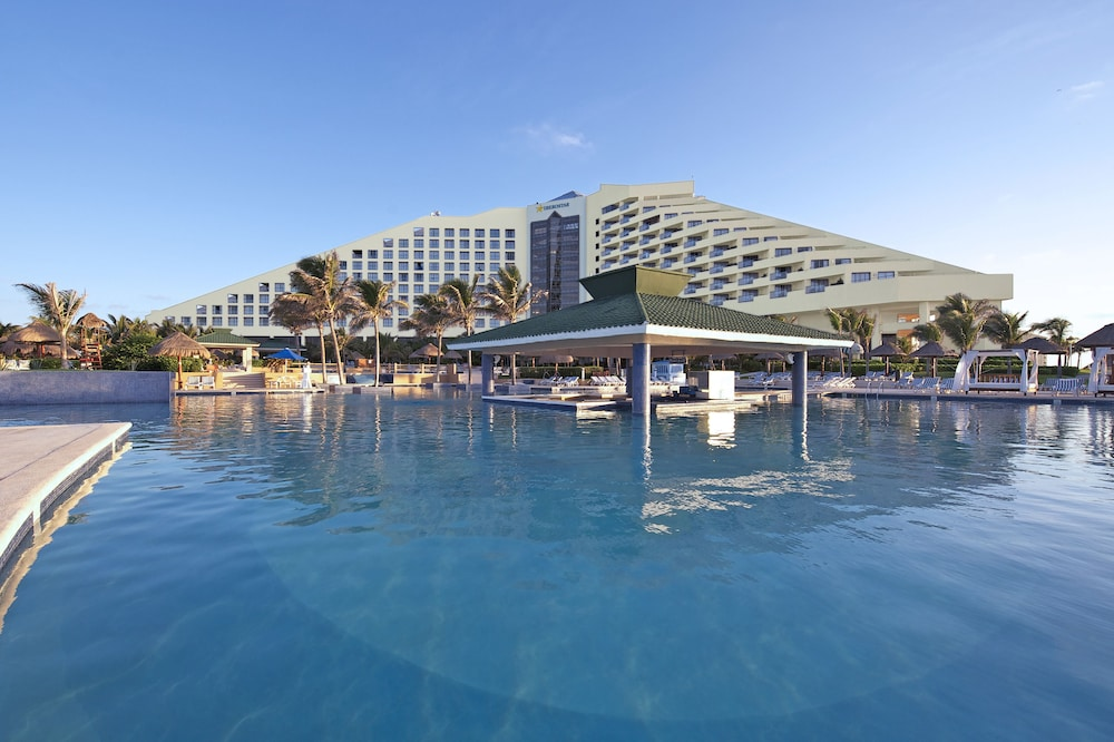 Book iberostar cancun all inclusive hotel zone hotel deals for All inclusive hotel packages