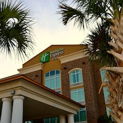 Holiday Inn Express Hotel & Suites Charleston Arpt-Conv Ctr