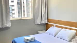 Minibar, free WiFi, bed sheets