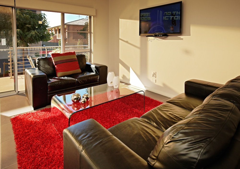 Charlestown Executive Apartments Deals Reviews Newcastle Aus