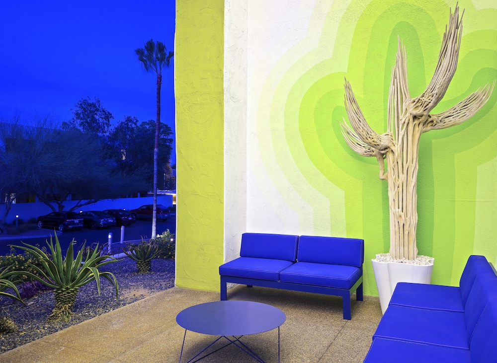 Interior Entrance, The Saguaro Scottsdale