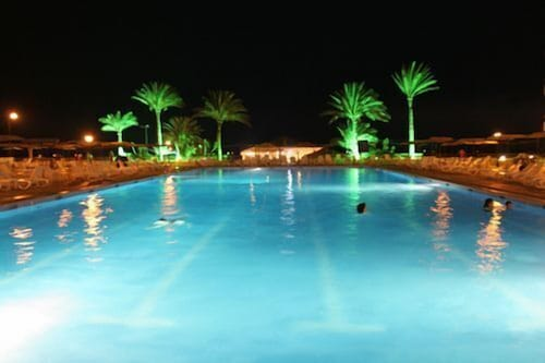 Outdoor Pool, Sawary Resort and Hotel