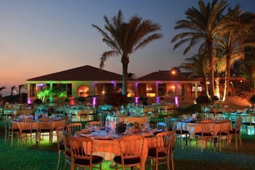 Outdoor Dining, Sawary Resort and Hotel