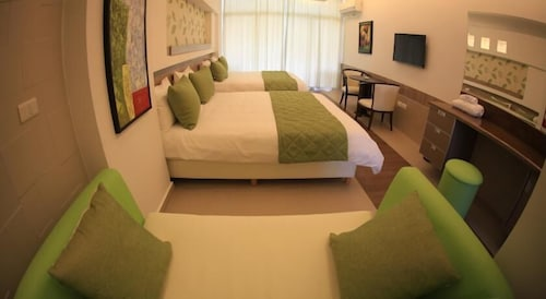 Room, Sawary Resort and Hotel