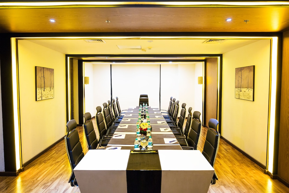 Meeting Facility, Flora Airport Hotel and Convention Centre Kochi