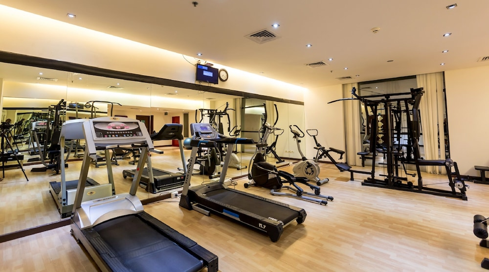 Gym, Flora Airport Hotel and Convention Centre Kochi