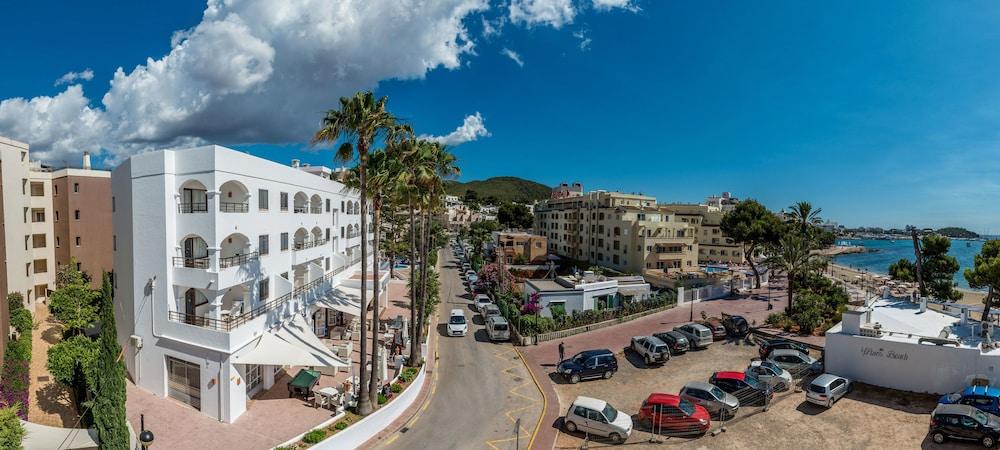 Apartamentos ros reviews photos rates - Apartamentos santa eulalia ibiza ...