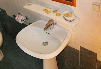Bathroom Sink, Angelica Villas