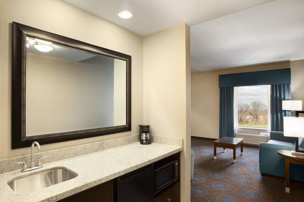 Room, Hampton Inn & Suites Edgewood/Aberdeen-South, MD