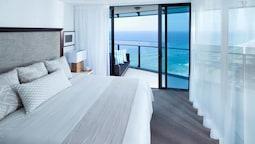 3 Bedroom Ocean View Apartment