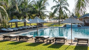 2 outdoor pools, open 7:00 AM to 6:30 PM, sun loungers