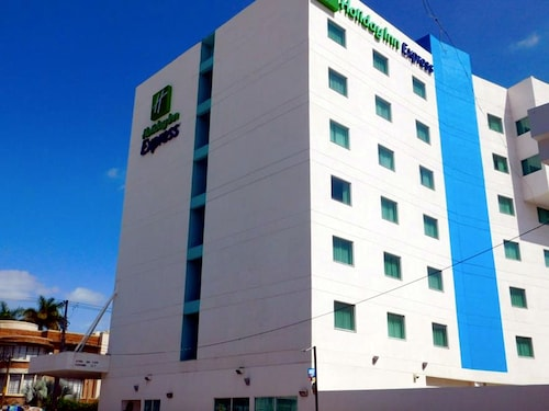 Holiday Inn Express & Suites Tuxtla Gutierrez La Marimba