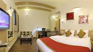 Premium bedding, down duvet, minibar, individually decorated